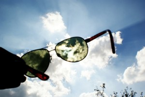 Ochelari de soare cu lentilă verde